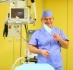 Пластический хирург Анвар Салиджанов в операционной
