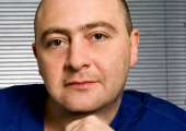 Пациентка Зураба Меладзе забыла импланты в метро!