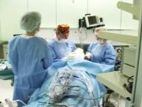 Эльчин Мамедов проводит операцию