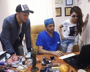 Гайк Бабаян работает с пациентами