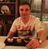 Совершают экскурсии в любимые кафе (Александр Грудько)