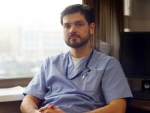 Что такое эндопротез и что такое имплант? Как правильно: имплант, имплантат или имплантант? Уроки русского языка с пластическим хирургом Валерием Стайсуповым