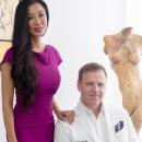 Пластический хирург Филипп Крафт из Майами, США уже 21 год совершенствует тело своей жены