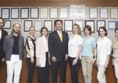 Российские бьюти-редакторы изучили производство корейских  лазеров Lutronic
