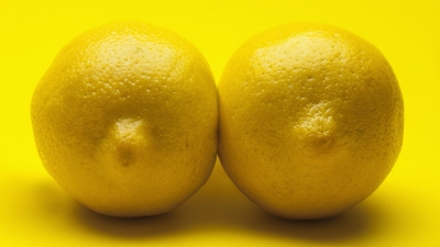 Женщины всё чаще корректируют втянутые соски