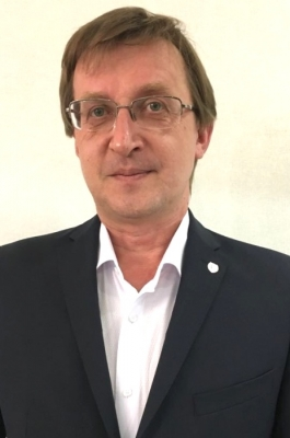 Пластический хирург Олег Михайлов