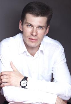 Пластический хирург Сергей Владимирович Свиридов