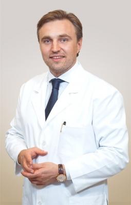 Пластический хирург Александр Грудько