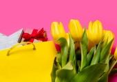 Дорогие женщины, с 8 марта вас!