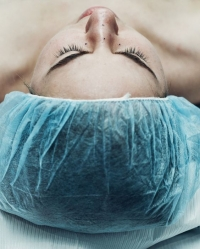 Эндоскопическая подтяжка лба и бровей