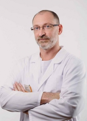 Пластический хирург Виктор Кущенко