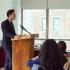 Врач регулярно выступает перед студентами медицинских университетов