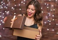 Блогеры и подарки в виде пластических операций