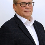 Пластический хирург Владимир Наумов