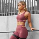 Продажи спортивной одежды увеличились из-за липосакции