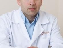Пластический хирург Михаил Ларионов
