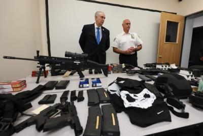 У пластического хирурга в США обнаружили арсенал оружия