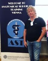 Илья Сергеев посетил кадавер-курсы в Вене