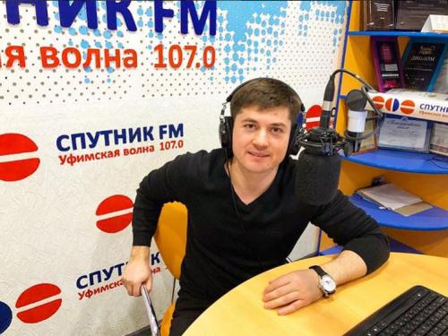Пластический хирург Тагир Файзуллин на радиопередаче