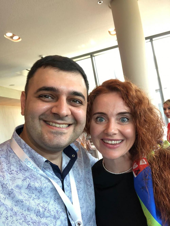 Пластический хирург Вардан Аршакян с коллегой на конгрессе «Колхида 2021»